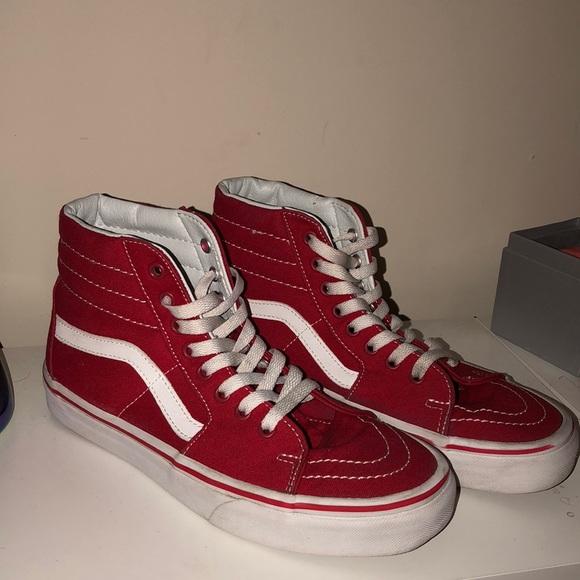 41910b8c99c Red and white vans. M 5a8a42dd84b5cee382508fb7